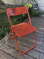 Chaise pliante vintage années 60, 70' , metal rouge, tôle perforée, deco atelier