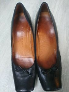 black leather chie mihara size 38 square toed court shoe