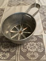 ~Vintage Foley 2 Cup Sifter aluminum 1950s trigger action kitchen baking flour