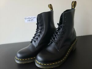 Dr Martens Clemency Smooth Leather Heeled Lace Up 8 Eye Combat Boots Black Sz 9