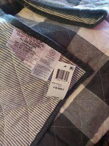 Essentials by Martha Stewart Collection Reversible Plaid Twin/ Xl Comforter Grey