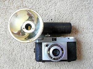 Vintage Spartus 35 35mm film camera w/Flash Reflector