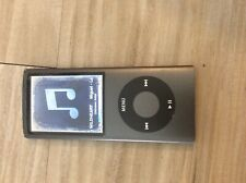 Apple iPod Nano 4th Generation Black (8 GB) ***Border hue, lcd