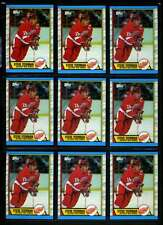 1989-90 TOPPS #83 STEVE YZERMAN LOT OF 100 CARDS NM LOT570