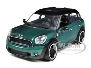 MINI COOPER S COUNTRYMAN OXFORD GREEN 1/24 DIECAST MODEL CAR BY MOTORMAX 73353