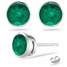 14k White Gold 5mm Round Emerald Stud Earrings