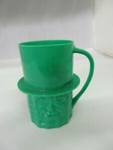 VINTAGE ADVERTISING MR PLANTERS PEANUT BUTTER PLASTIC GREEN CUP  M-963