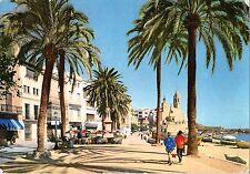 BT5894 Sitges paseo de la Ribera y monment a El Greco     Spain
