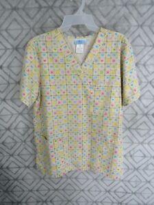 SB Scrub Top Size M Yellow Multi Color Shapes V Neck Short Sleeve Pockets Work