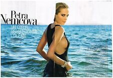 Coupure de presse Clipping 2008 (4 pages) Petra Nemcova