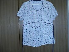 ladies size (M)  short sleeve multi-color heart and floral scrub top