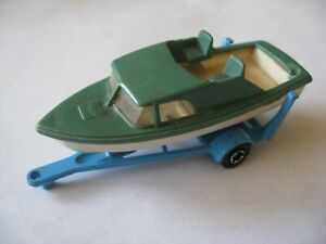 MATCHBOX SERIES BOAT TRAILER MADE IN ENGLAND LESNEY WITH A BOAT