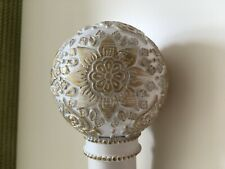 NEXT WHITE AND GOLD DECORATED GLOBAL BALL SCREW IN  FINIAL FOR 35 MM POLE
