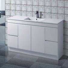 Noah FP 1500 mm Ceramic Single Bowl Bathroom Vanity - Kick Board Fingerpull