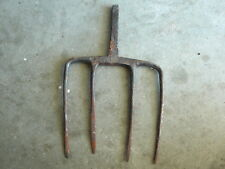 ANTIQUE PRIMITIVE RUSTIC HAND FORGED FOUR TINE GARDEN DIGGING  FORK HEAD TOOL