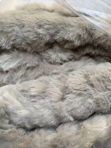 Grey K by Kelly Hoppen Soft Faux Fur Ribbed Design Throw - 150 x 180cm - new