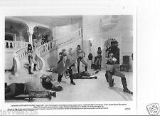 ROGER MOORE - JAMES BOND 007 - OCTOPUSSY #8 BW VINTAGE ORIGINAL STILL PHOTO SEXY