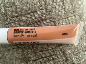 "NEW! Mary Kay ""WALNUT BRONZE"" Day Radiance-2 Cream Foundation .45 ounces"