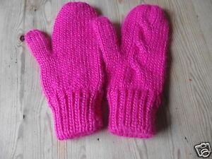 Sehr schöne warme Handschuhe Fäustlinge pink Strickware
