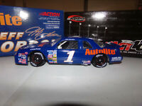 1/24 JEFF GORDON #1 AUTOLITE RCCA CLUB CAR BANK  1989 ACTION NASCAR DIECAST