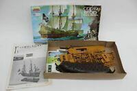 LINDBERG Vintage #821 Cap'n Kidd Pirate Galleon Plastic Model Ship Boat Kit 1970