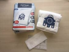 4 x Genuine Miele GN HyClean 3D Vacuum Cleaner Dust Bags & 2 filters