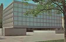 Vintage POSTCARD c1960s Beinecke Rare Book Library Yale NEW HAVEN, CT 19698
