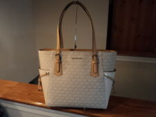 Authentic Michael Kors Voyager EW Signature Tote Natural Beige NWT Gift Receipt