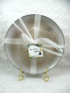 AKCAM TURKISH GLASS SET 4 GLITTER SILVER W/ TAN STARBURST DINNER PLATES NEW MORE