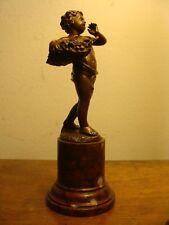 Alte Bronze Figur Putto Akt Obstkorb auf edlem Marmor Sockel signiert um 1900