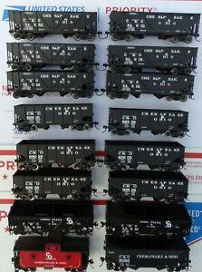 HO Scale Atlas Accurail C&O Chesapeake & Ohio Coal Hopper and Caboose 16pc Lot