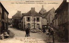 CPA   Bretagne - La Trinité-Porhuet - La basse ville -Croix gothique   (431453)