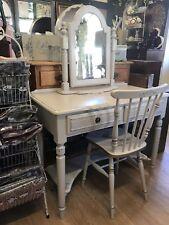 Dressing Table Mirror Stool Set