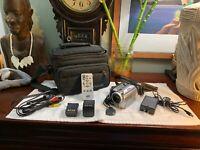 JVC Everio GZ-MG21U 20GB Hard Disk Camcorder +Accessories BUNDLE Works Great LOT