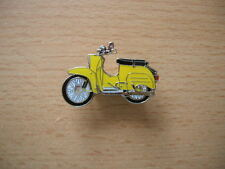 Pin Anstecker Simson Schwalbe gelb yellow Moped Motorrad 0555 Motorbike Moto