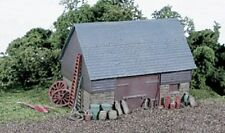 WILLS SS30 OO Scale Barn typical older style rural construction