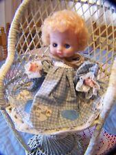 8 1/2� Plastic Baby Doll Sleepy Blue Eyes Articulated