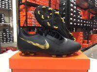 Nike Junior Phantom Venom Club FG Soccer Cleats (Black/Gold) Size: 10c-5.5y NEW!