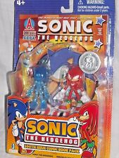 SONIC HEDGEHOG & KNUCKLES 200th comic book TRU holographic figure EXCLUSIVE SET