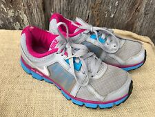 PAIR OF WOMEN'S SIZE 8.5 GREY, PINK & BLUE NIKE DUAL FUSION ST2 SNEAKERS
