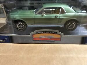 Greenlight - 1967 Ford Mustang 1:18