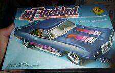 MPC 1969 PONTIAC Firebird 2N1 VINTAGE FS Model Car Mountain KIT 1/25