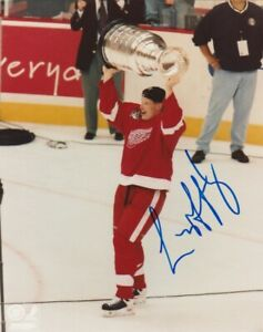 LARRY MURPHY SIGNED DETROIT RED WINGS 1998 STANLEY CUP 8x10 PHOTO HHOF Autograph
