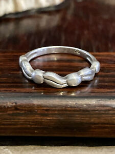Vintage 925 Sterling Silver Wavy Ribbon Band Ring Size 6, 2g  FREE SHIPPING