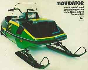 1976 Vintage JOHN DEERE LIQUIDATOR LIQUIFIRE Snowmobile Brochure Tractor