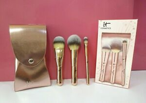 It Cosmetics 3 Pc Heavenly Luxe on The Go Complexion Brush Set with Travel Case