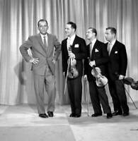 OLD CBS TV RADIO PHOTO The Bing Crosby Special TV show with the Wiere Brothers