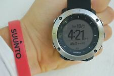 Suunto Traverse Black GPS Navigation Outdoor Hiking Trekking Watch SS021843000 L