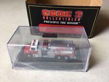 Code 3 1:64 Collectors Club Freightliner Tanker 1 pompiers