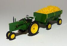 JOHN DEERE MODEL B TRACTOR and a FARM WAGON with CORN  1/43 O scale   On30  On3